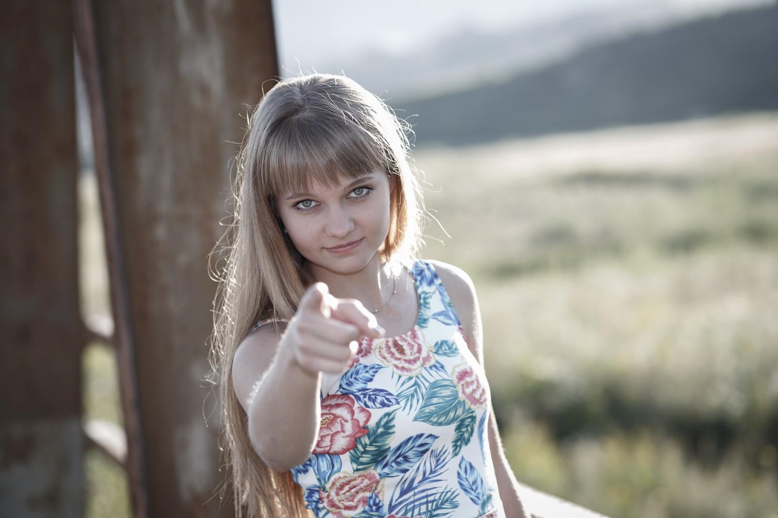 Zdjęcie blondwłosej modelki